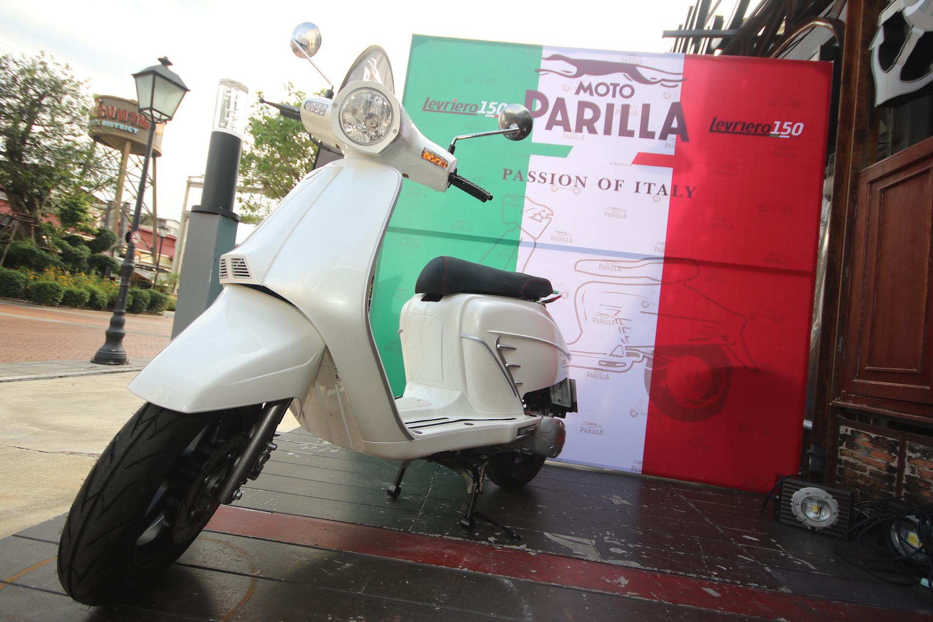 ฟิล์มรัฐภูมิ ลงทุนกว่า 50 ล้านบาท ขึ้นแท่นซีอีโอ ตั้งบริษัทฯ โชว์รูม พรีเมี่ยมสกู๊ตเตอร์คลาสสิคสัญชาติอิตาลี Moto Parilla บุกตลาดให้คนไทย ในราคาที่สัมผัสได้